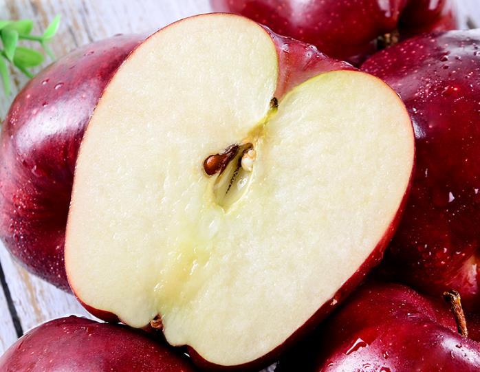 切开的花牛苹果